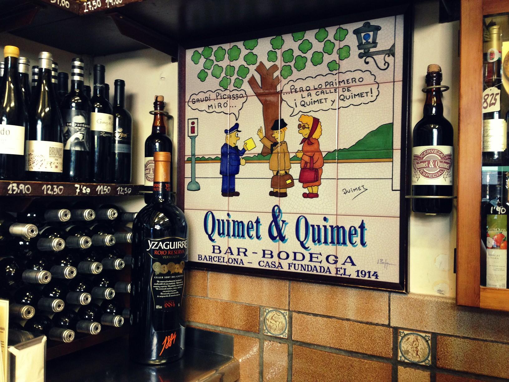 Cartel dentro de Quimet Quimet
