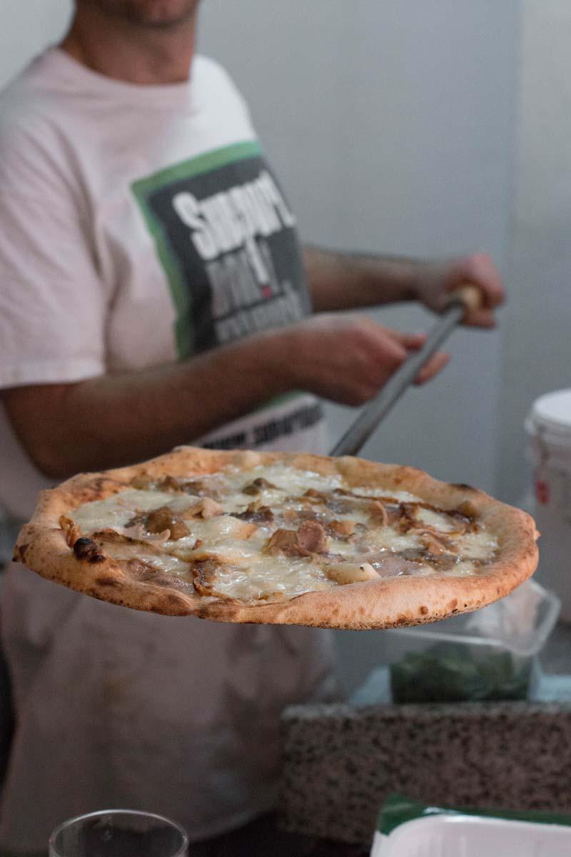 mama pizza restaurante barcelona